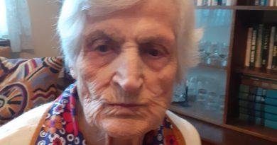 101-годишната учителка Павлина Ташкова: Няма рецепти за дълголетие