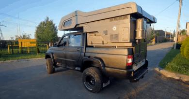 УАЗ Пикап се превръща в мини къща на колела