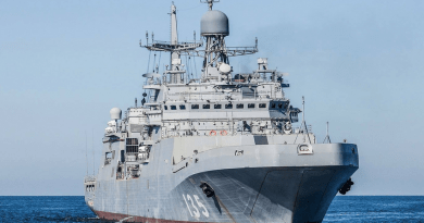 Въоръжават руските вертолетоносачи с ударни дронове