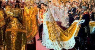 Как са изглеждали сватбените рокли на Романови