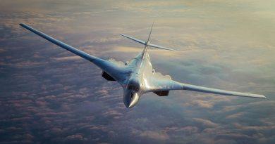 Вижте кадри от дозареждане с гориво на Ту-160 във въздуха