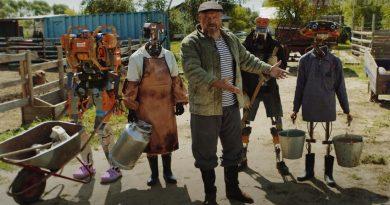 Кадри от живота в киберпънк руска ферма набират популярност