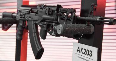 Индия започва лицензирано производство на руския АК-203