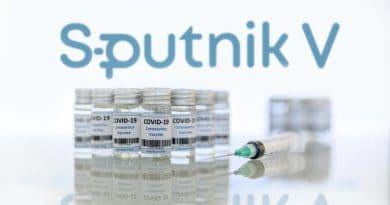 """Русия регистрира еднокомпонентната ваксина """"Спутник Лайт"""""""