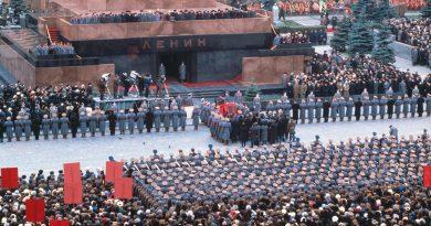 Най-масовите погребални церемонии в СССР