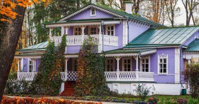 8 живописни провинциални къщи на руски писатели