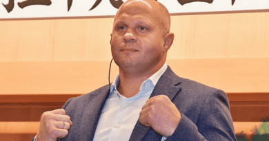 Американeцът Джонсън след загубата с нокаут от Eмеляненко: Фьодор удря силно като камион