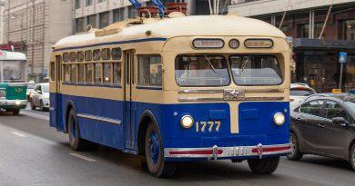 Минало на колела: старият обществен транспорт в Москва